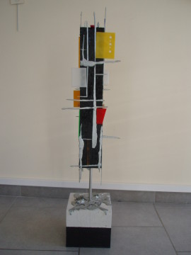 Élévation 1,05m x 27cm (toiles, acrylique, métal, aluminium, plexiglas, siporex)