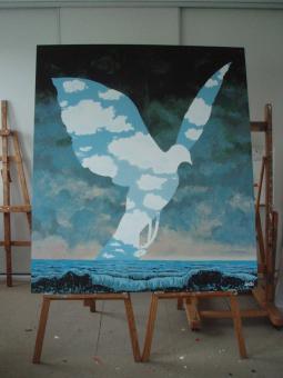 """Reproduction tableau Magritte """"La grande famille""""   1,60m x 1,40m (bois) (vendu)"""